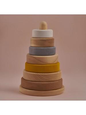 Leseni stolp, peščene barve